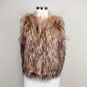 BB Dakota Barbarella Faux Fur Vest in Mauve Rose